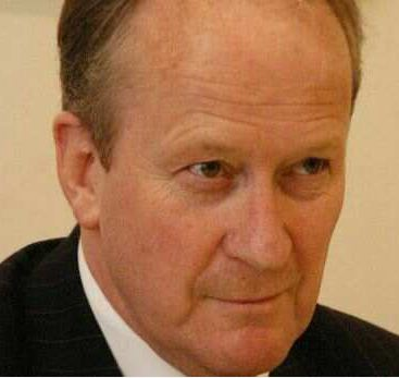 Former Whangarei lawyer David Hislop QC will take the fight to clear the name of murderer Mark Lundy to the Privy Council in London.