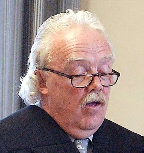 Dunedin District Court Judge Kevin Phillips, has he also smelt a rather large RAT?