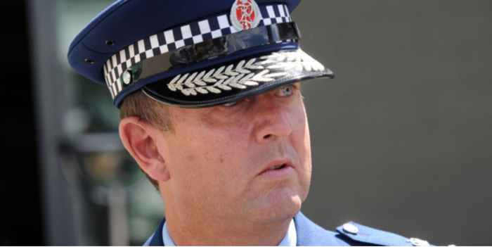 Did Gary Knowles cook this latest New Zealand police arrest warrant farce up?